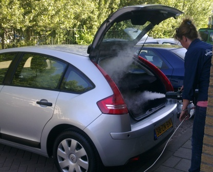 geurverwijdering behandeling auto rooklucht